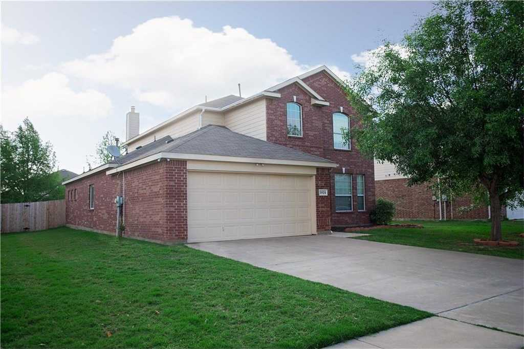 - 4Br/3Ba -  for Sale in Somerton Village, Grand Prairie