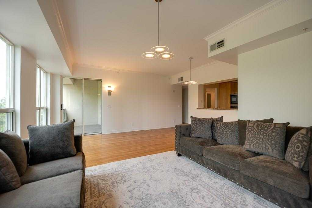 $400,000 - 1Br/1Ba -  for Sale in Mayfair Turtle Creek Condos, Dallas