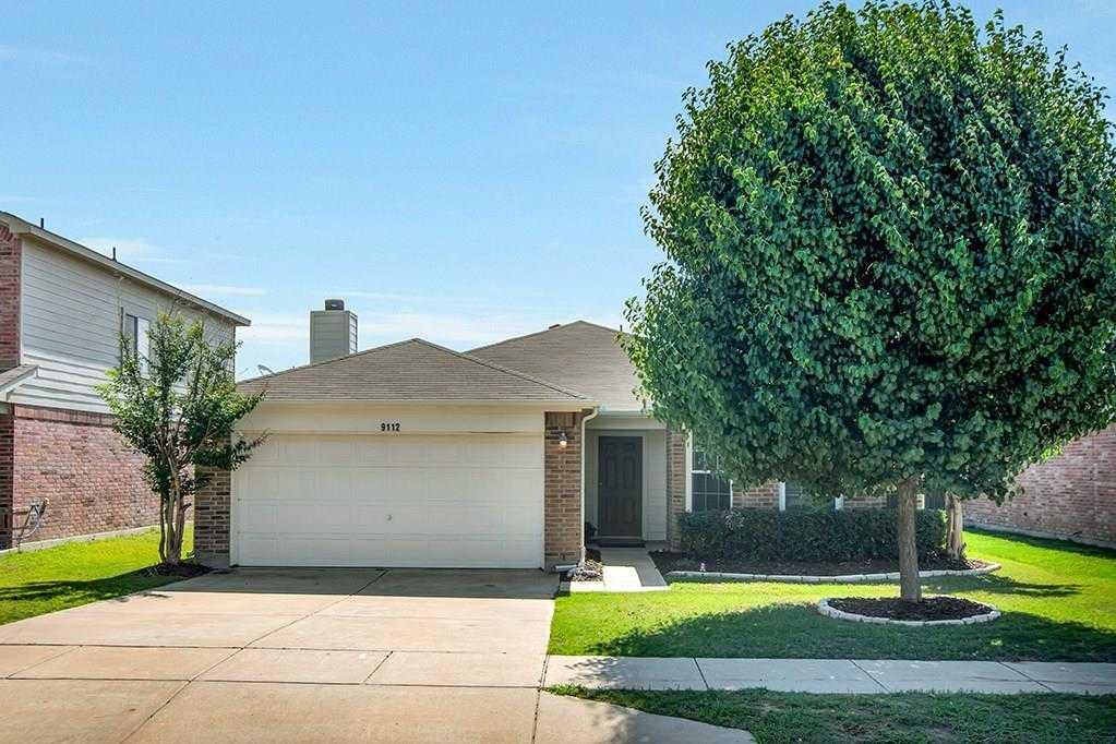 $200,000 - 3Br/2Ba -  for Sale in Heritage Glen Add, Fort Worth