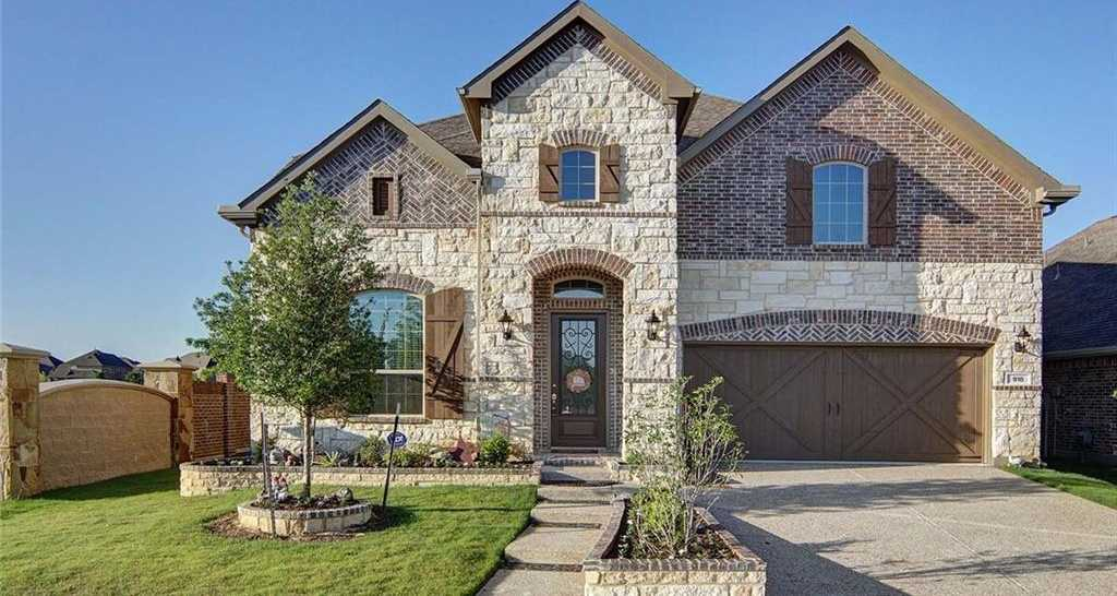 $469,900 - 4Br/3Ba -  for Sale in Dominion At Bear Creek, Euless