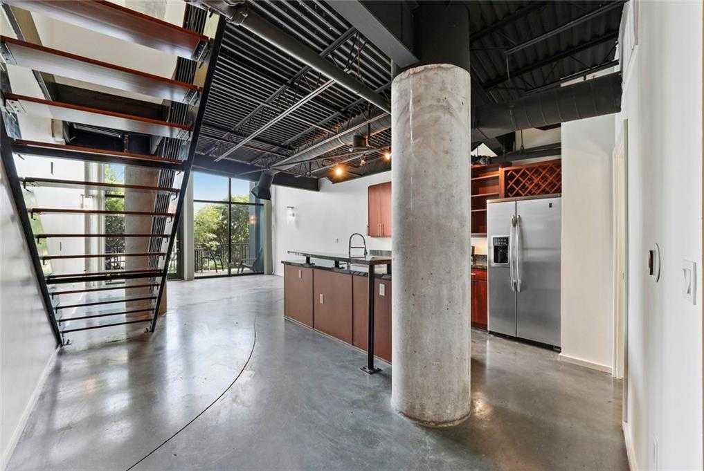 $375,000 - 1Br/2Ba -  for Sale in 588 Condominiums, Dallas