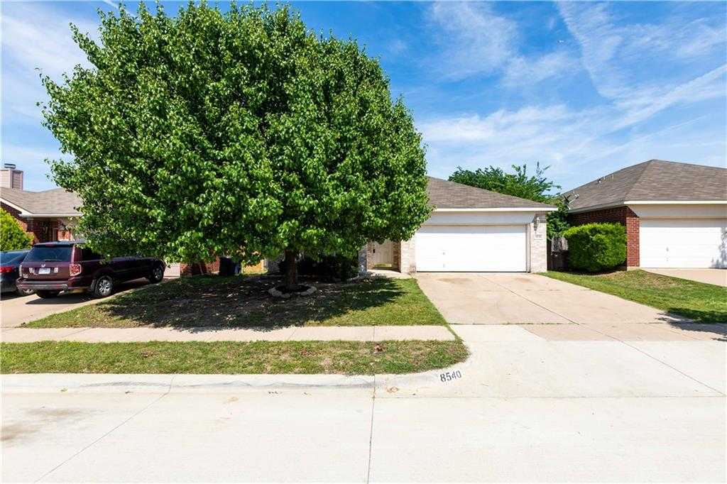 $199,000 - 3Br/2Ba -  for Sale in Arcadia Park Add, Fort Worth