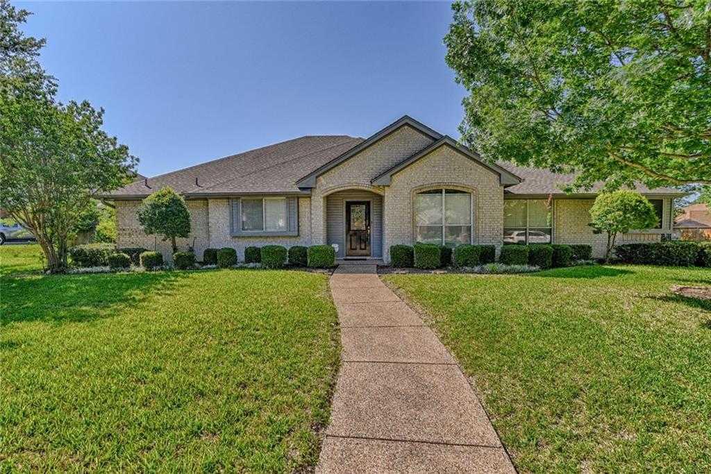 $249,900 - 3Br/3Ba -  for Sale in Walnut Creek Valley Add, Mansfield