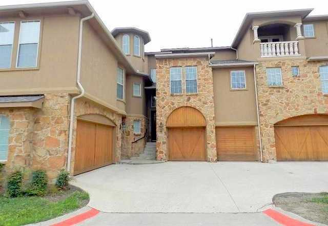 - 3Br/4Ba -  for Sale in Lakeshore Village, Grand Prairie