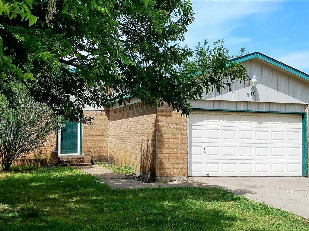 $139,900 - 3Br/2Ba -  for Sale in Hillcrest West Add, Mansfield