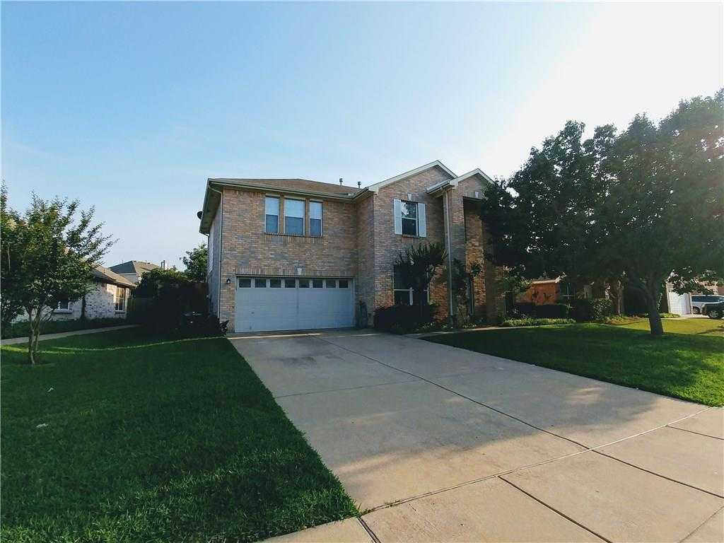 - 4Br/3Ba -  for Sale in Cimmaron Estates Add, Grand Prairie