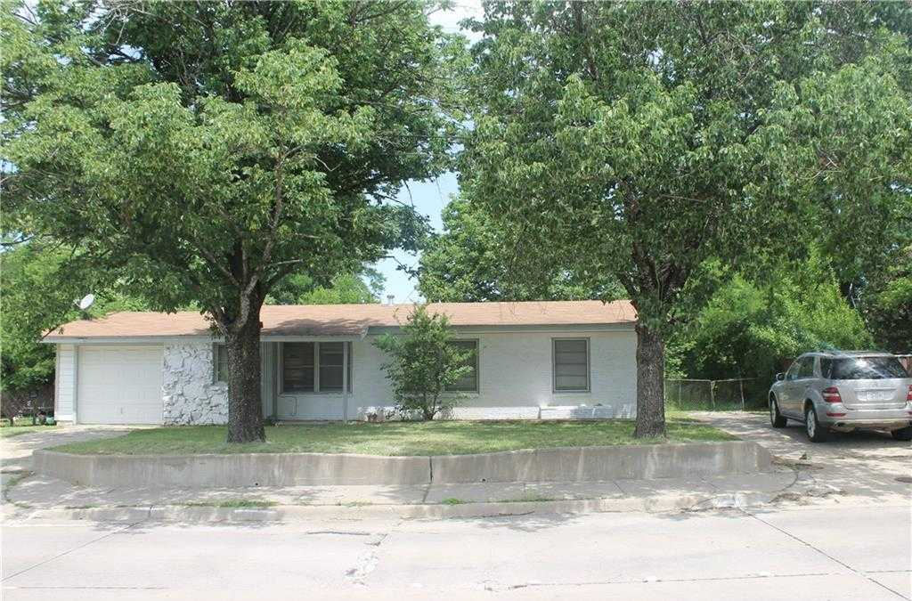- 3Br/2Ba -  for Sale in Mansfield City Of, Mansfield