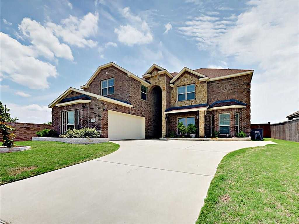 $465,000 - 5Br/4Ba -  for Sale in Mira Lagos D 1, Grand Prairie