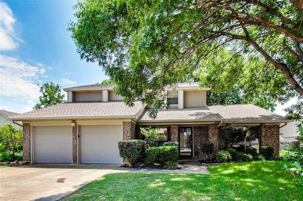 $275,000 - 3Br/3Ba -  for Sale in Twin Creek Estates Add, Euless