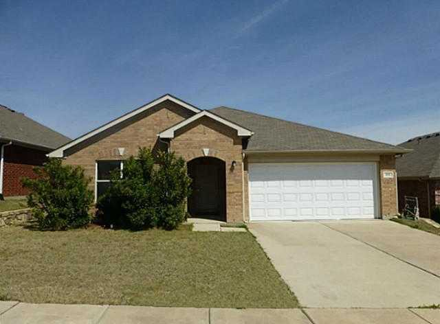 $193,900 - 3Br/2Ba -  for Sale in Vista Greens, Fort Worth