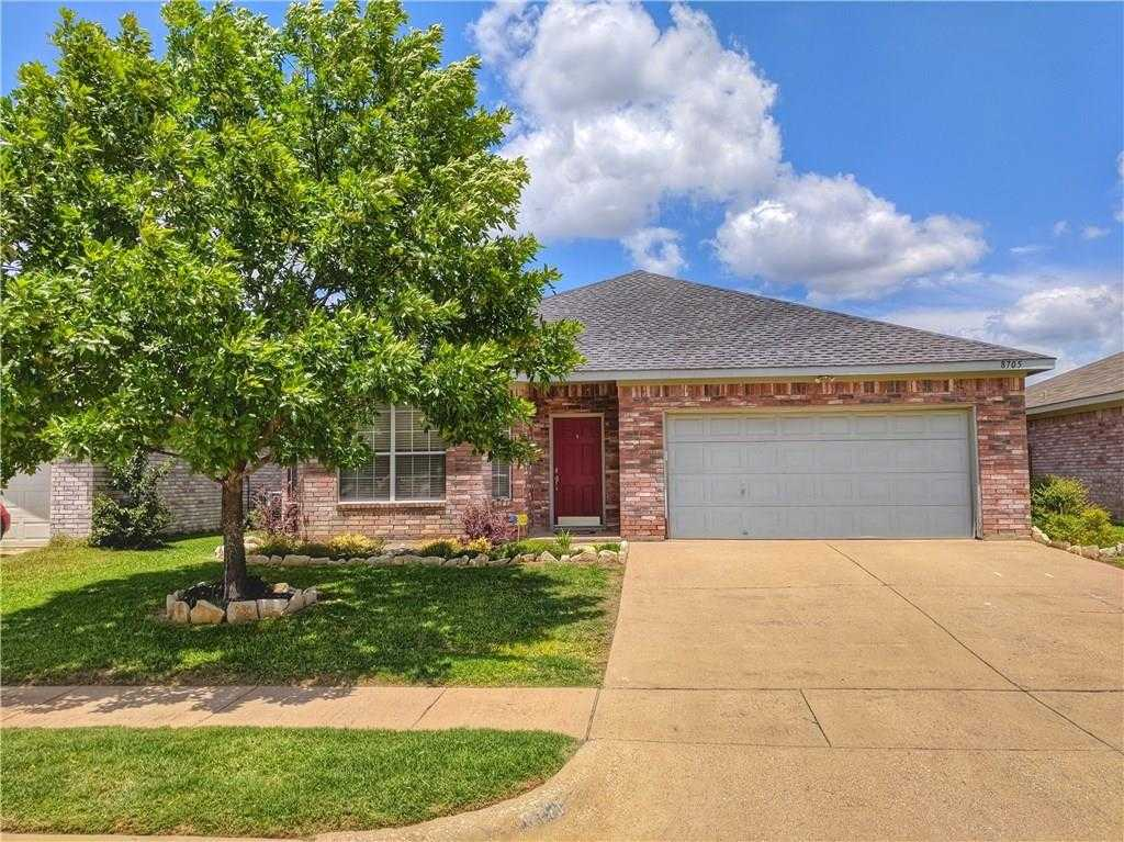 $254,900 - 5Br/2Ba -  for Sale in Lakes Of River Trails Add, Fort Worth