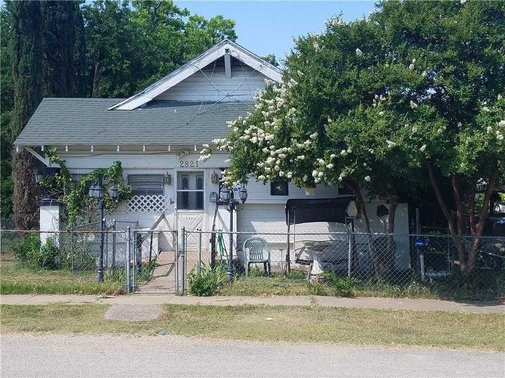 $150,000 - 4Br/2Ba -  for Sale in Rosen Heights Second Filing, Fort Worth