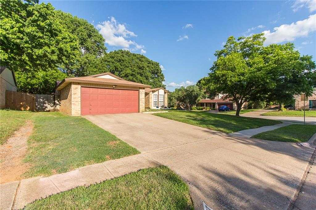 $254,900 - 3Br/2Ba -  for Sale in Sagepoint Add, Euless