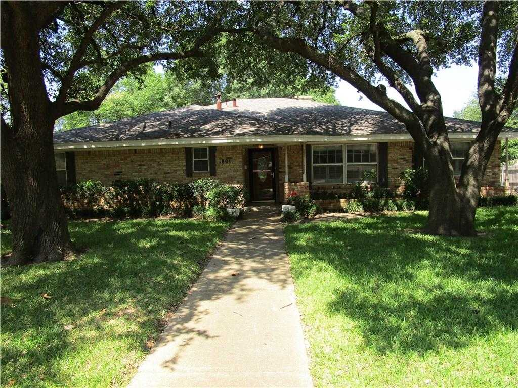 $250,000 - 3Br/2Ba -  for Sale in Dorchester Place, Grand Prairie