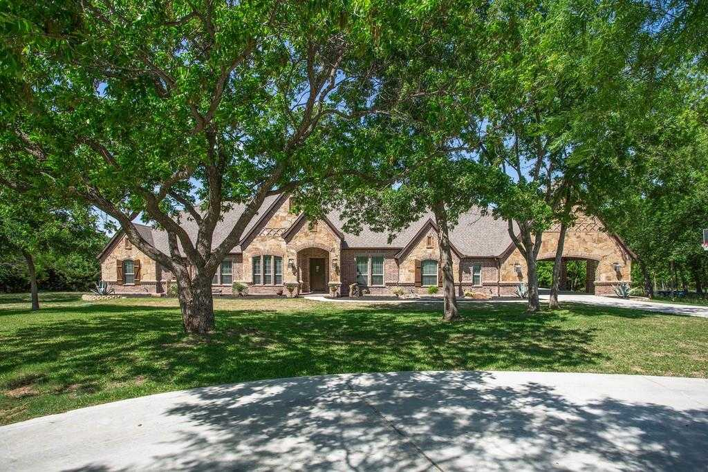 $850,000 - 4Br/3Ba -  for Sale in Orchards The, Fort Worth