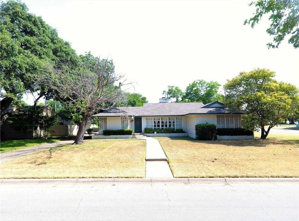$399,900 - 3Br/3Ba -  for Sale in Westcliff, Fort Worth
