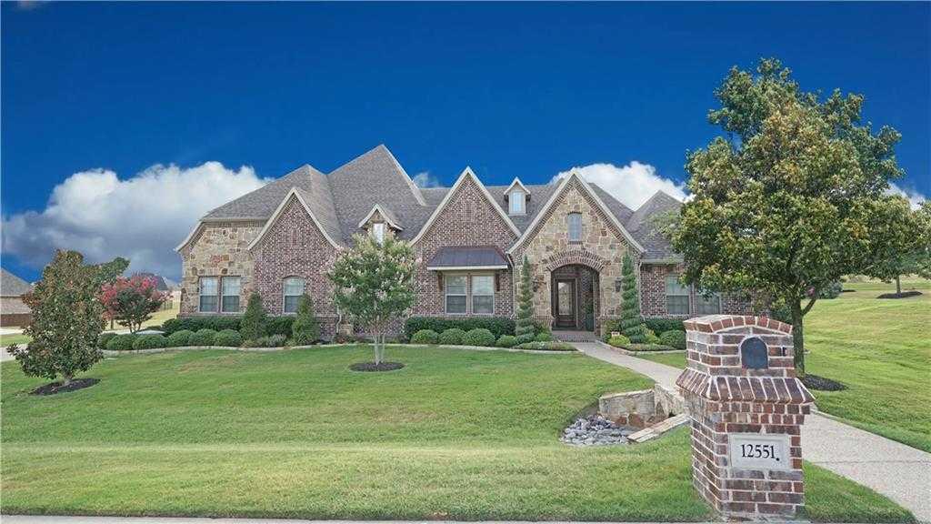 $769,000 - 4Br/4Ba -  for Sale in Bella Flora, Fort Worth