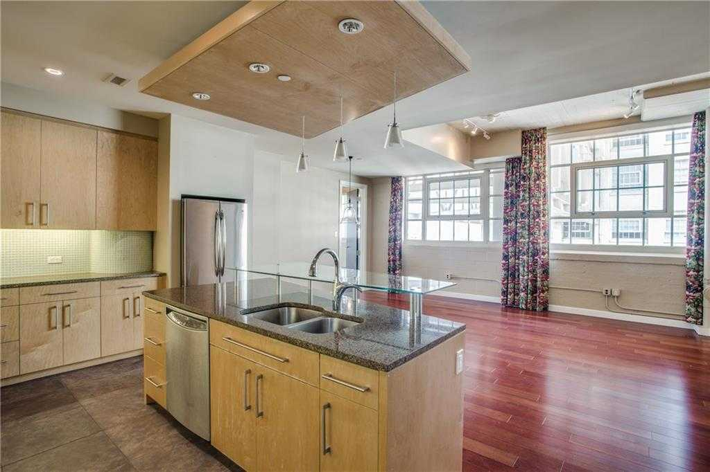 $560,000 - 2Br/3Ba -  for Sale in One Montgomery Plaza Residence Condo, Fort Worth