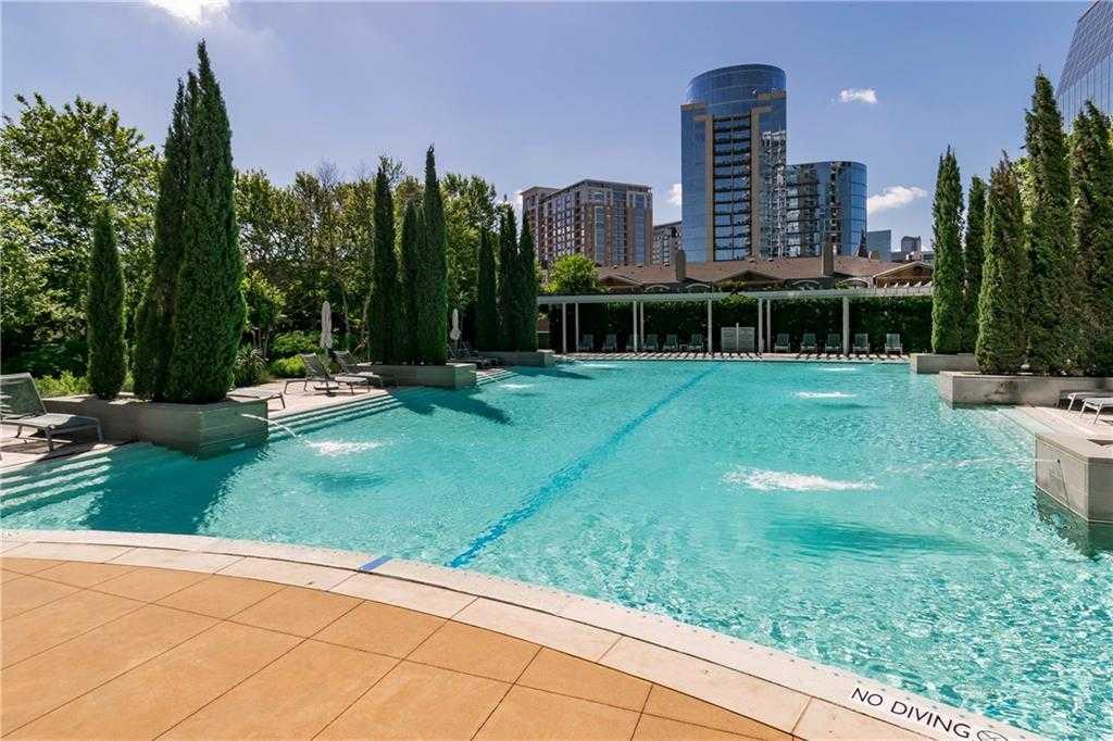 - 2Br/3Ba -  for Sale in Azure Condo, Dallas