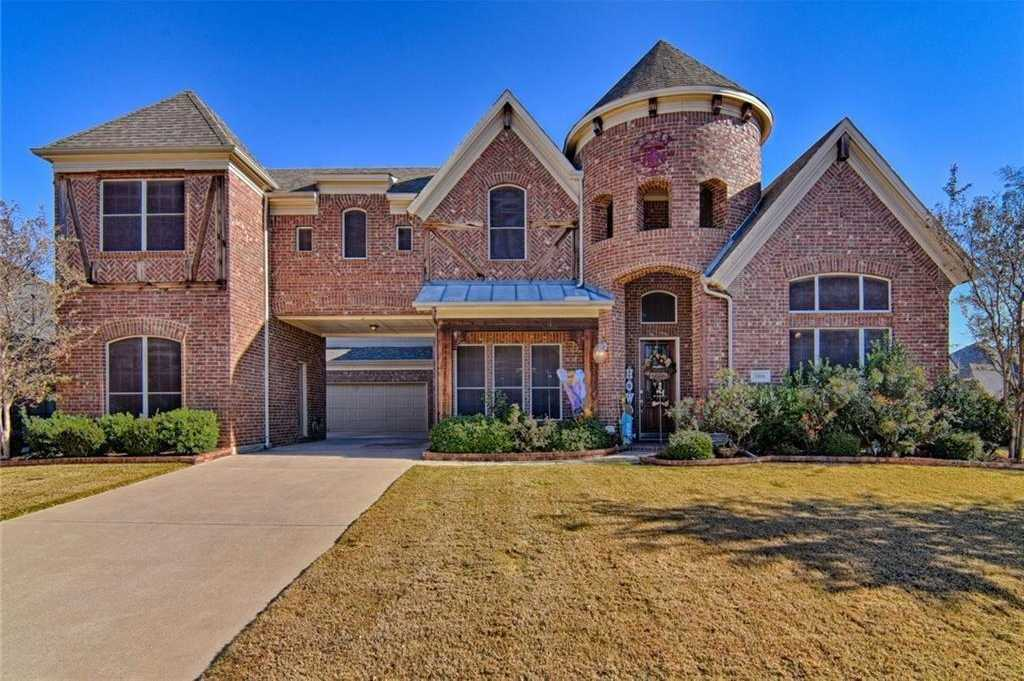 $495,500 - 5Br/5Ba -  for Sale in Villas At Mira Lagos The, Grand Prairie