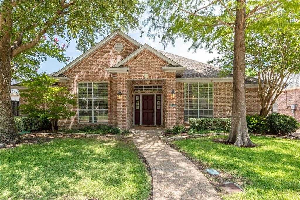 $540,000 - 3Br/3Ba -  for Sale in Villages Of Stonegate, Fort Worth