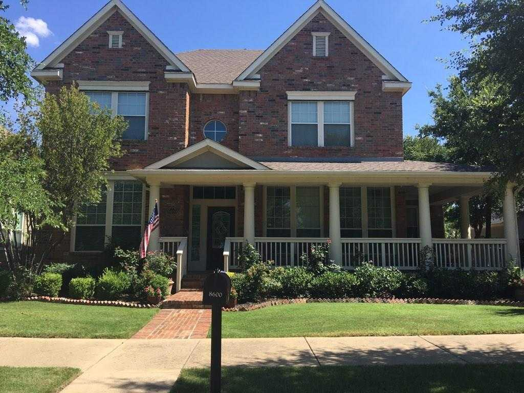 $369,900 - 3Br/3Ba -  for Sale in North Richland Hills Town Center, North Richland Hills
