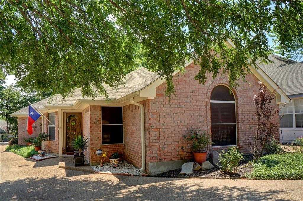 $260,000 - 3Br/2Ba -  for Sale in Forest Pointe Estates, Euless