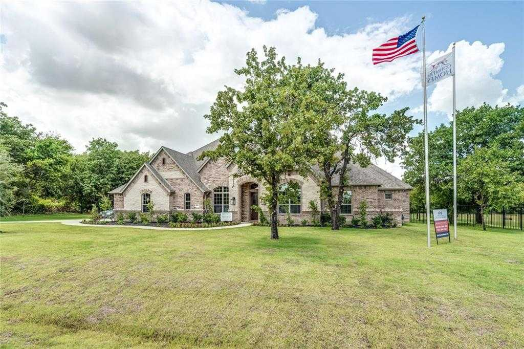 $799,900 - 4Br/4Ba -  for Sale in Montalcino Estates Ph 1, Flower Mound