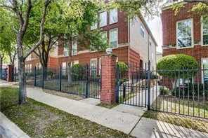 - 3Br/3Ba -  for Sale in Lexington Square Twnhms Add, Fort Worth