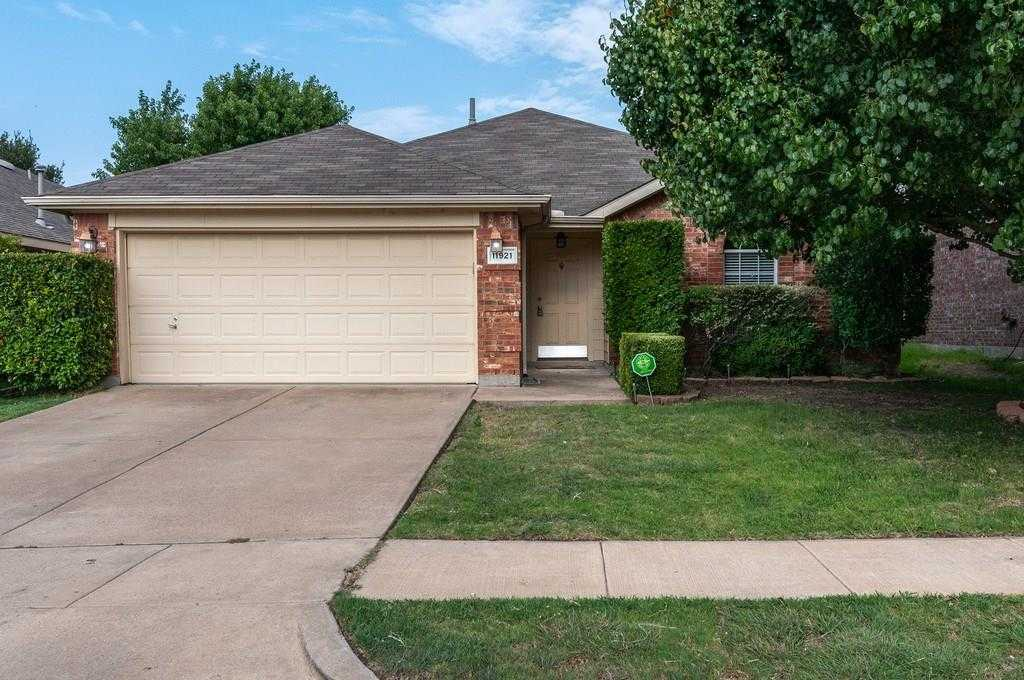 $225,000 - 4Br/2Ba -  for Sale in Villages Of Woodland Spgs, Fort Worth