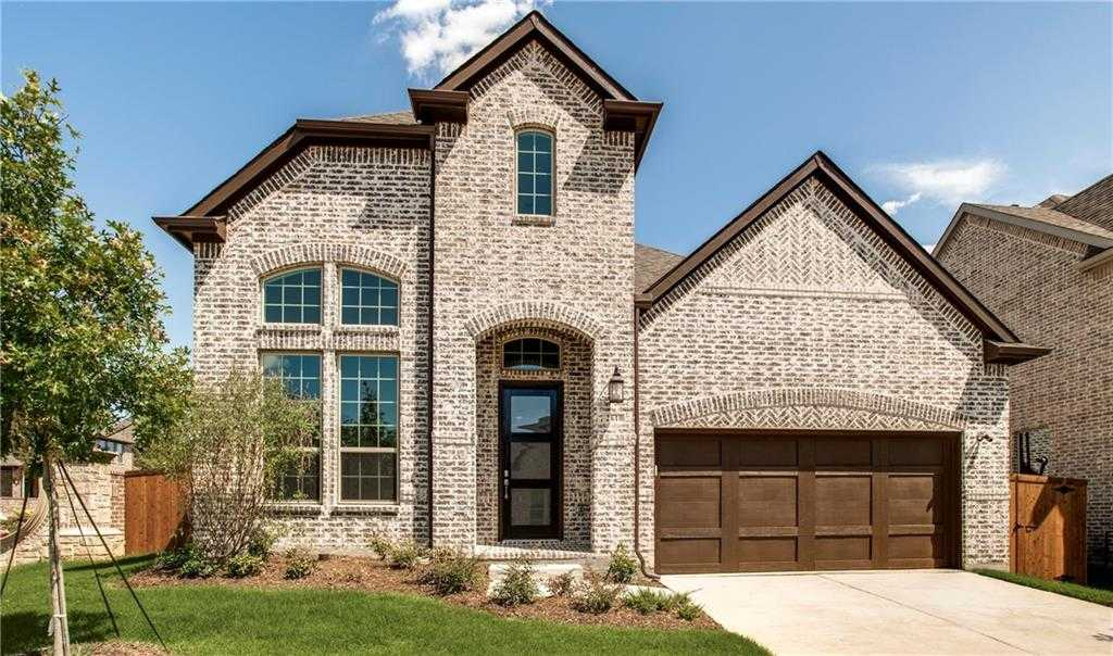 $579,900 - 4Br/4Ba -  for Sale in Glade Parks, Euless