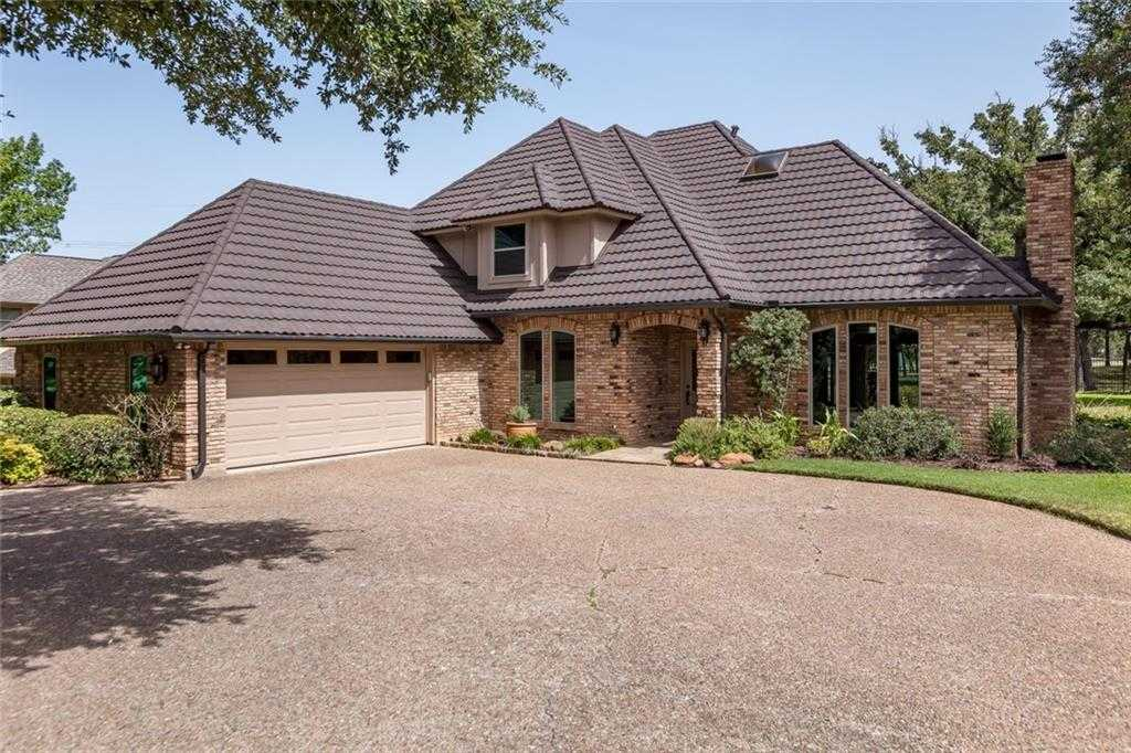 $424,000 - 4Br/3Ba -  for Sale in Southlake Estates Add, Arlington