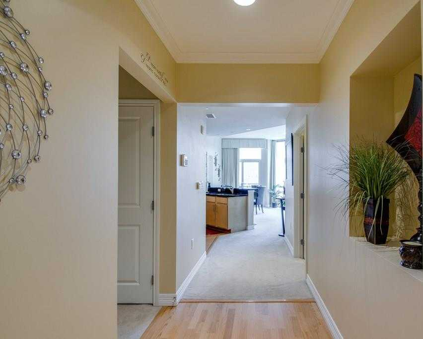 $289,900 - 1Br/2Ba -  for Sale in Tower Residential Ii Condo, Fort Worth