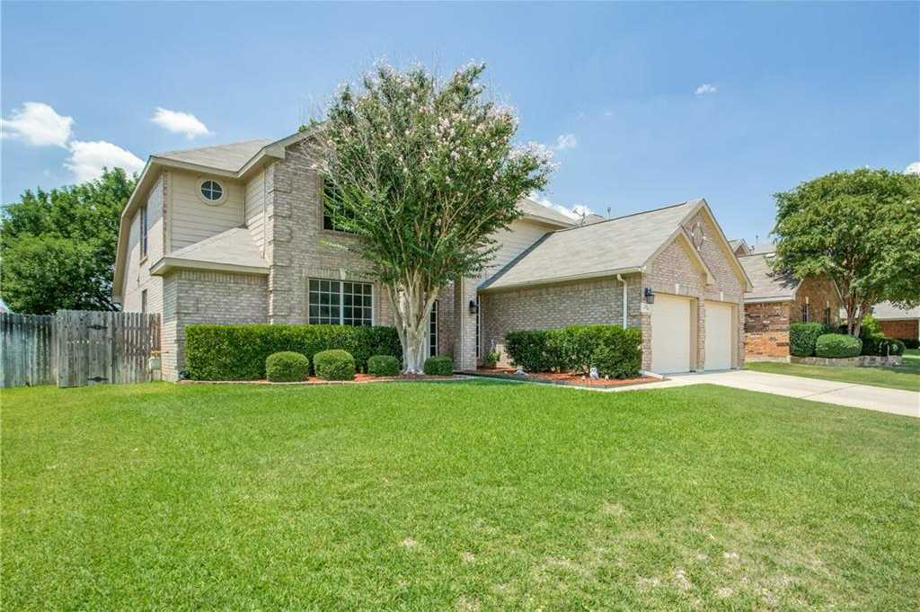 $315,000 - 4Br/3Ba -  for Sale in Parkwood Hill Add, Fort Worth