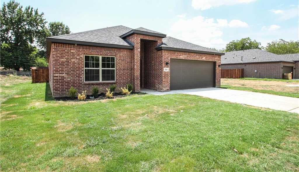 $299,000 - 4Br/2Ba -  for Sale in Noble Estates Add, Hurst