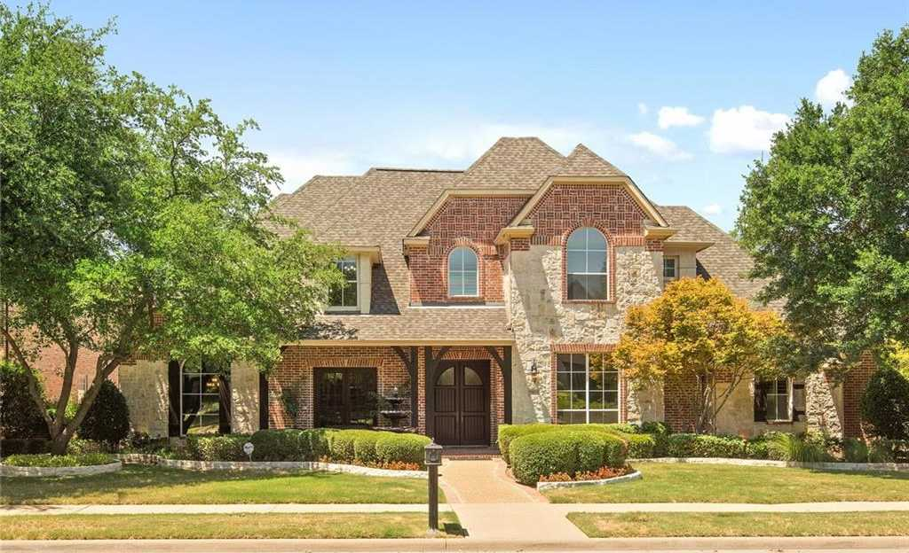 $799,900 - 5Br/6Ba -  for Sale in Starwood Ph One Villas Of Star Ridge Village, Frisco
