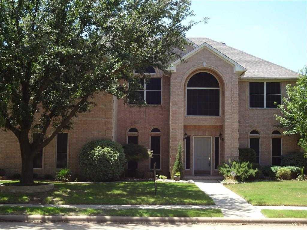 $340,000 - 4Br/5Ba -  for Sale in Park Glen Add, Fort Worth
