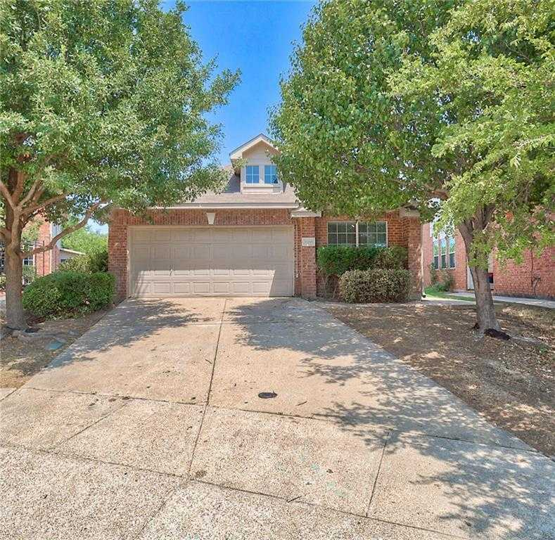 $199,500 - 3Br/2Ba -  for Sale in Villages Of Woodland Spgs, Fort Worth