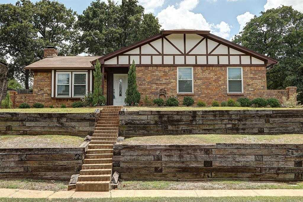 $242,000 - 3Br/2Ba -  for Sale in Timber Ridge, Euless