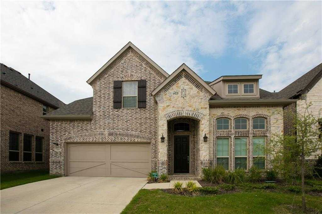 $562,000 - 4Br/4Ba -  for Sale in Glade Parks Residential Add, Euless