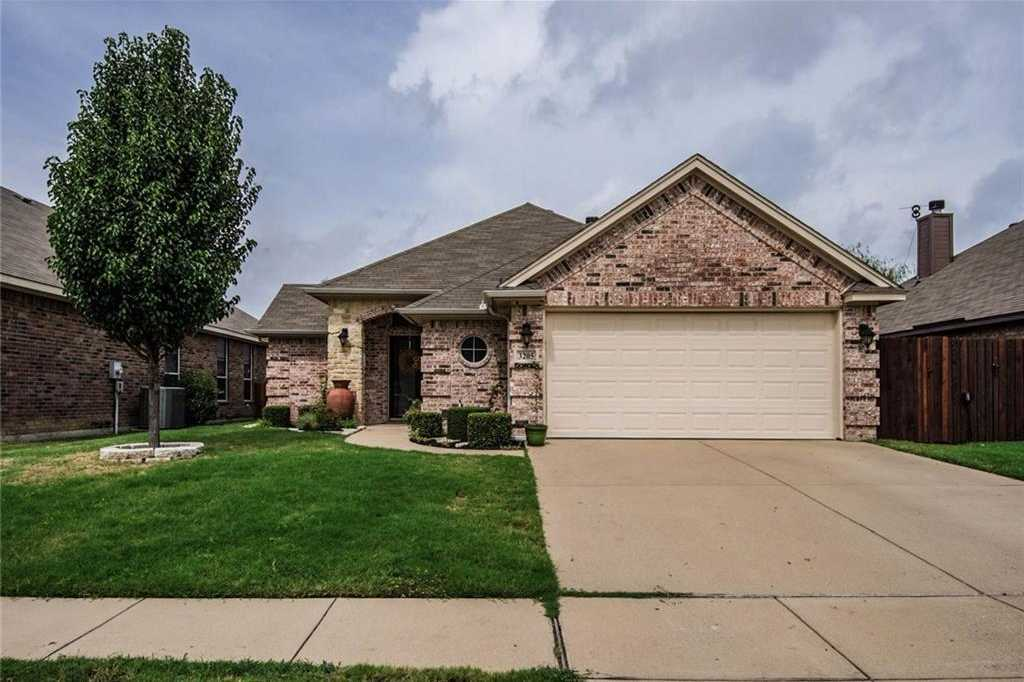 $241,900 - 3Br/2Ba -  for Sale in Lakes Of River Trails Add, Fort Worth