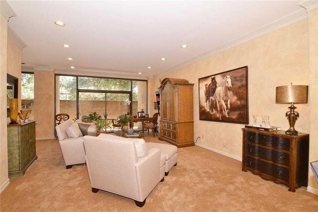 $234,900 - 1Br/2Ba -  for Sale in Bonaventure Condo, Dallas
