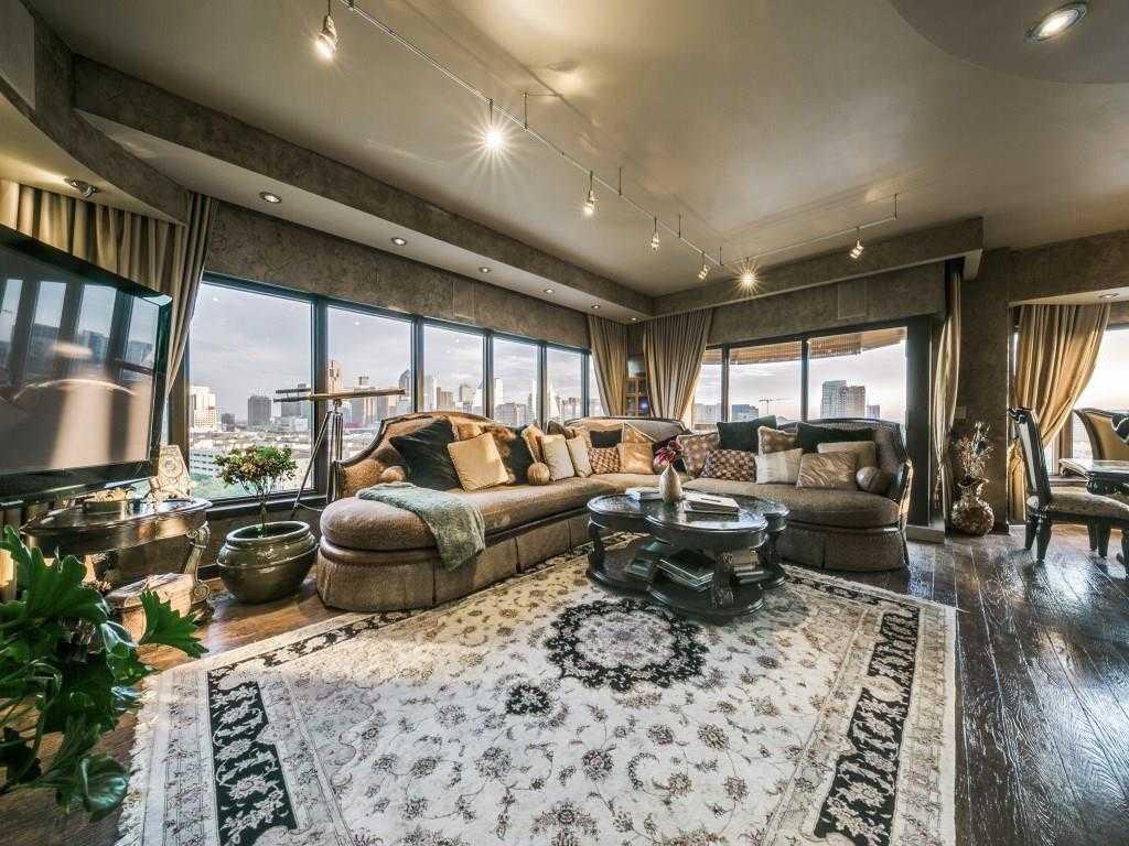 $1,575,000 - 3Br/4Ba -  for Sale in Latour Condo, Dallas