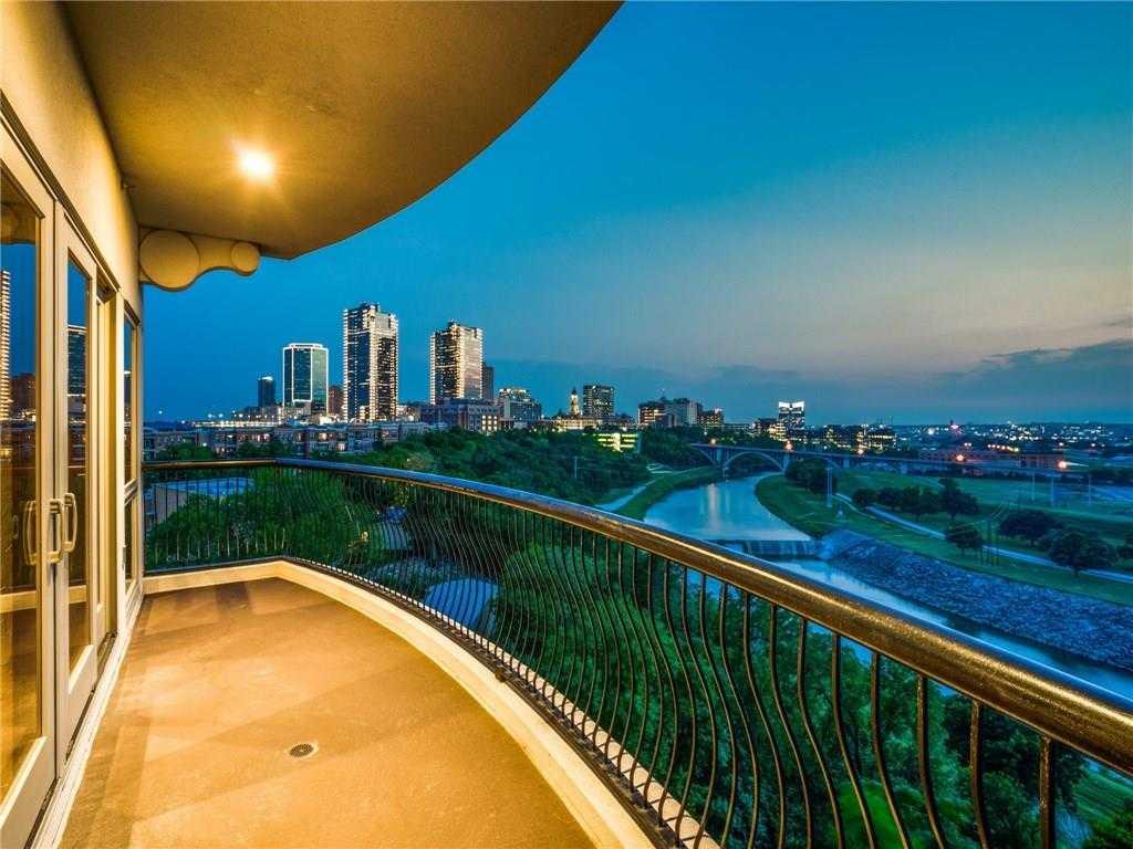 $975,000 - 4Br/5Ba -  for Sale in Villa De Leon Condominium, Fort Worth