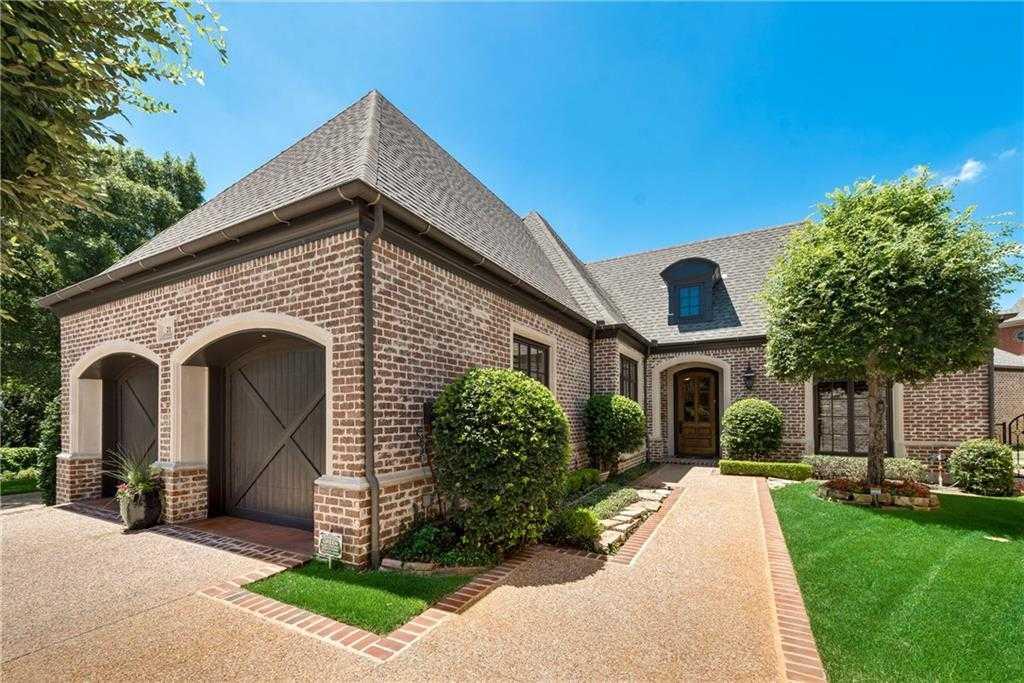 $999,000 - 3Br/4Ba -  for Sale in Glen Abbey, Dallas