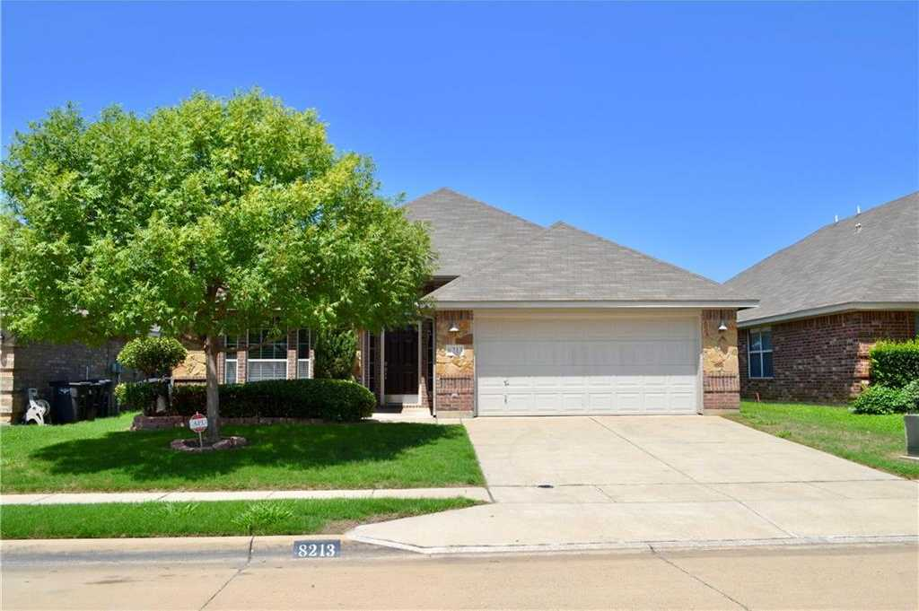 $269,900 - 3Br/2Ba -  for Sale in Lakes Of River Trails Add, Fort Worth