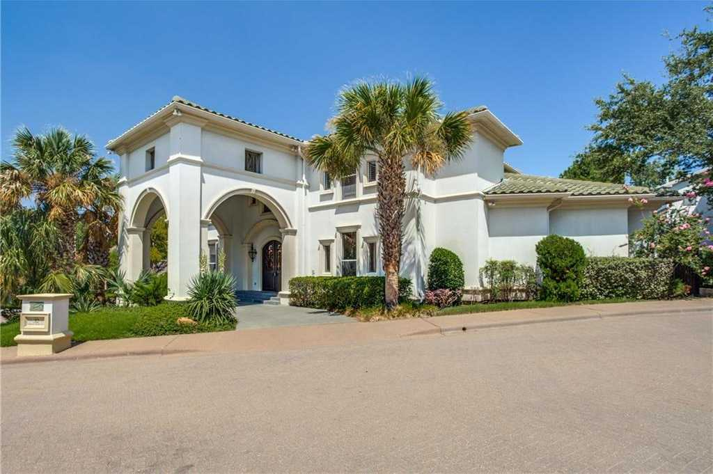 $829,900 - 4Br/5Ba -  for Sale in Downs Of Hillcrest Ph 1b-r, Dallas