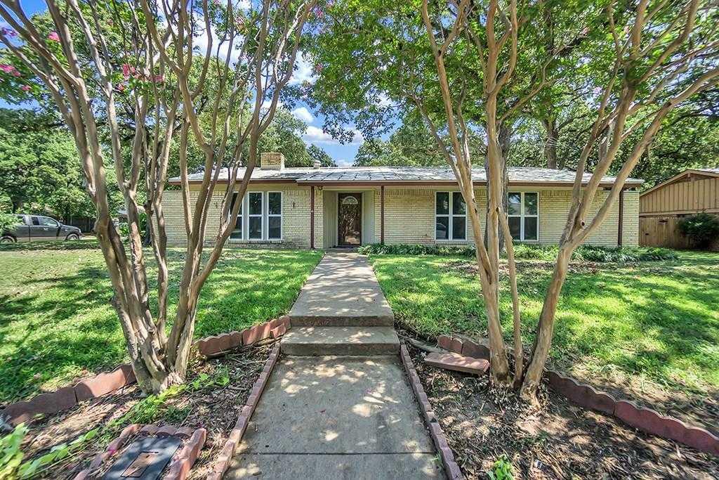 $248,000 - 3Br/2Ba -  for Sale in Hurst Hills Add, Hurst