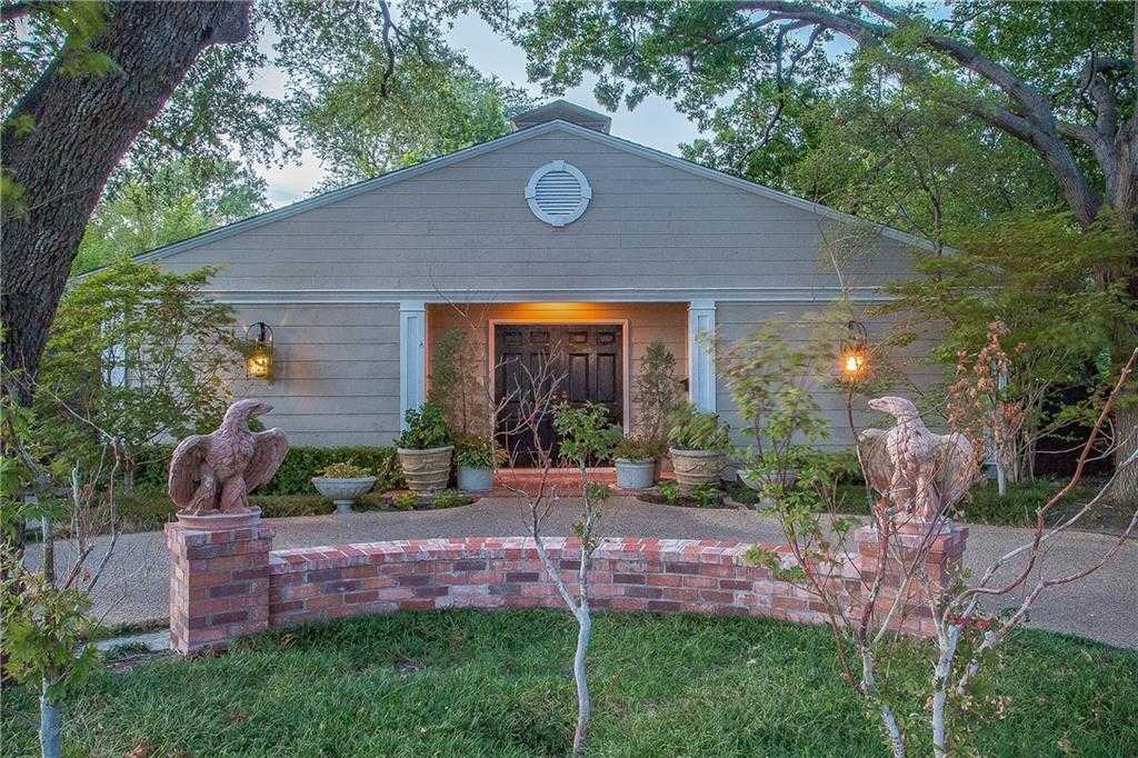 $800,000 - 2Br/2Ba -  for Sale in Westover Hills Add, Fort Worth