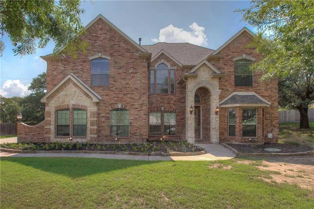 $437,000 - 5Br/4Ba -  for Sale in Resort On Eagle Mountain Lake, Fort Worth